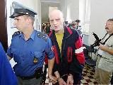obrázek ke článku: Doživotní vězení pro Vladimíra Bayera, vraha nevinné dívky.