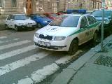 obrázek ke článku: Parkování policejního vozu v Praze