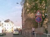 obrázek ke článku: Městská policie Praha parkuje v Zenklově ulici