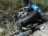 obr�zek ke �l�nku: Uj�d�j�c� motork�� zem�el pro dopravn� nehod�