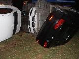 obrázek ke článku: Škoda fabia vjela pod kola kamiónu naloženého auty